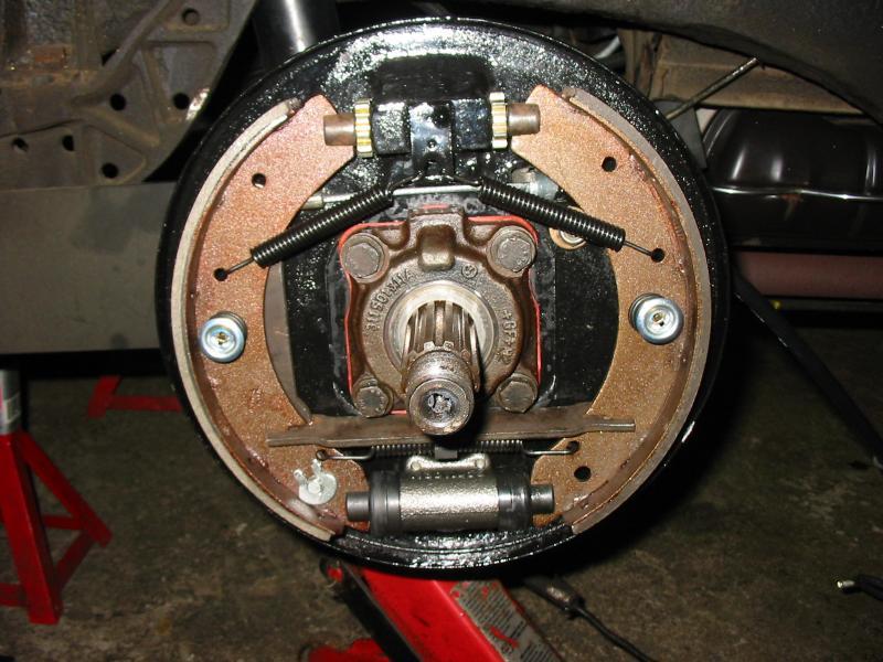 Définition technique des freins arrière lowlight début 57 60510210