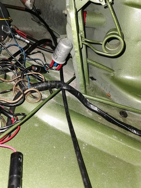 Cables de commande air frais avant Img_2022