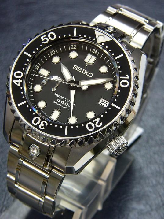 citizen - FEUX de vos montres en titane! - Page 4 00112