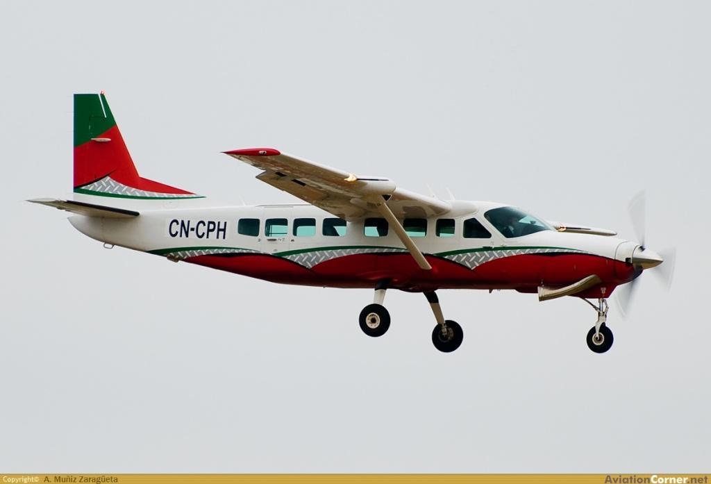 Photos des avions immatriculés au Maroc (CN) Avc_0010