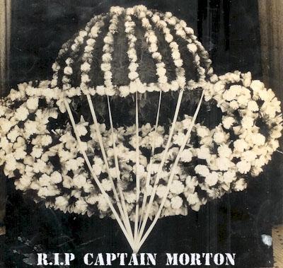 Captain Mort Smit s'est envolé Rip_ca10