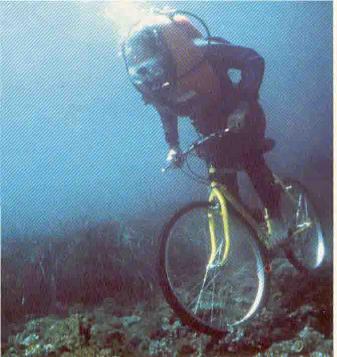 On a retrouvé un coureur du tour 2007 Velo_d10