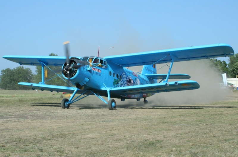 Antonov An-2 An-2_y10