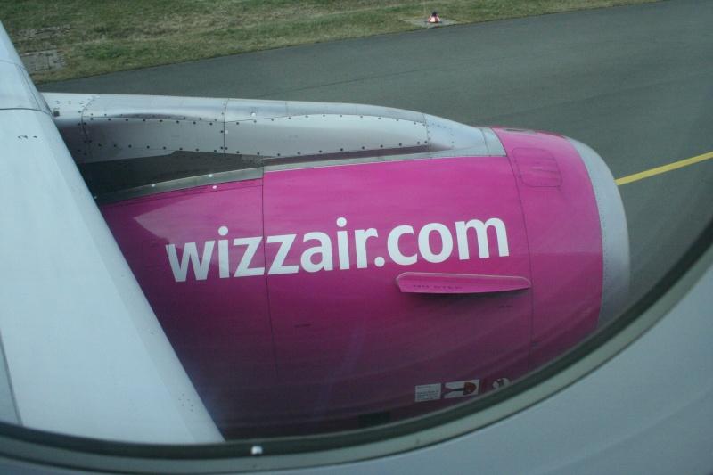 Wizz Air (W6 / WZZ) Ha-lpl12