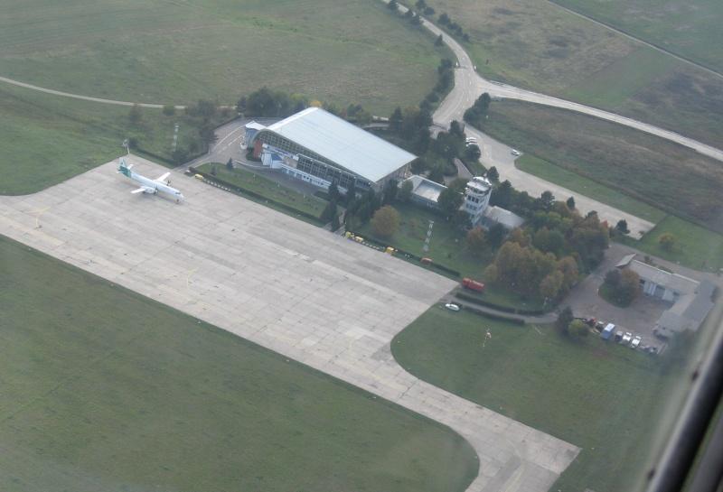 Aeroportul Suceava (Stefan cel Mare) - 2008 Lrsv_012