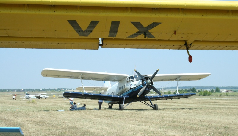 Antonov An-2 Yr-pbu12