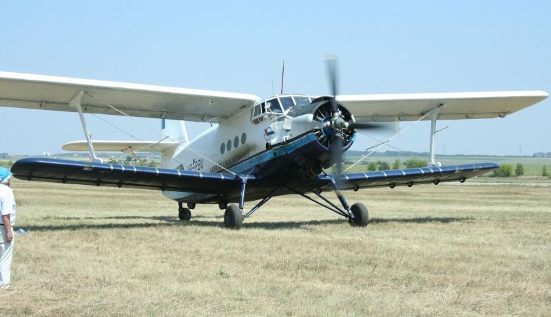 Antonov An-2 Yr-pmu10