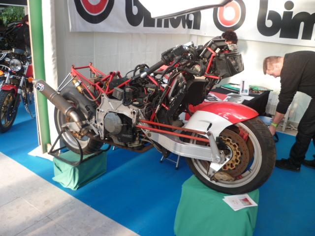 salon moto legende 2011 les photos.... Hallo_20