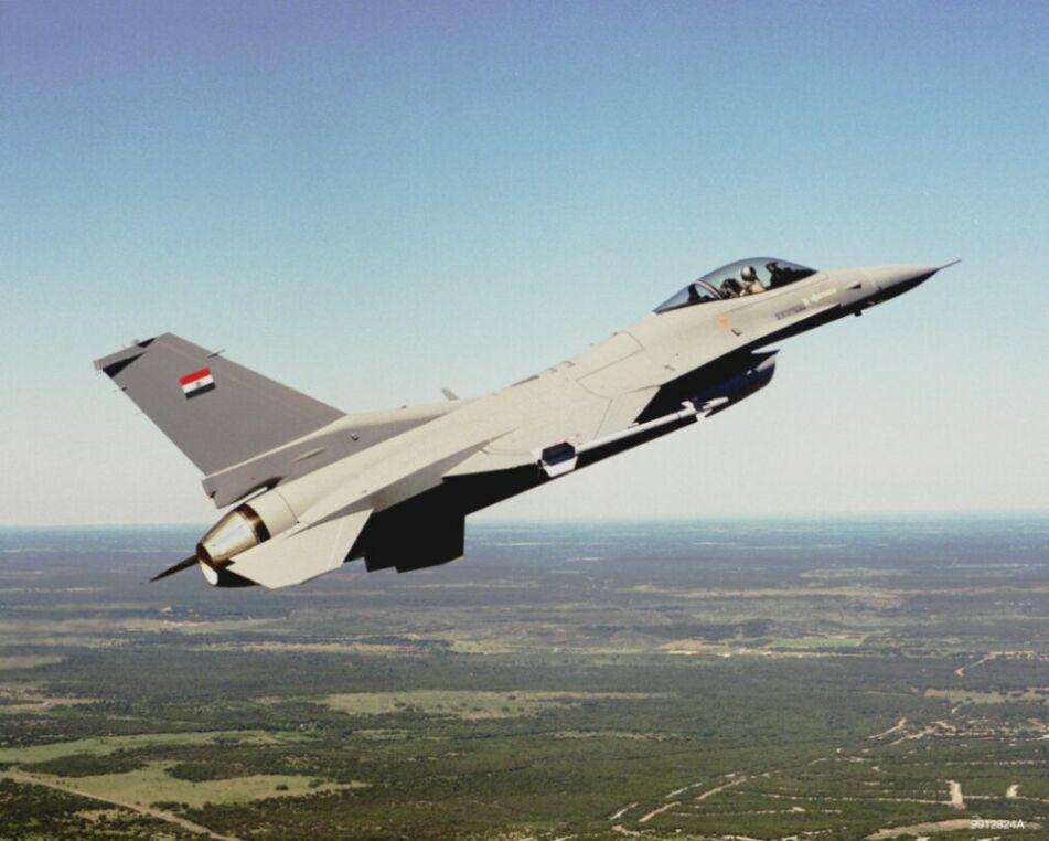 طائرات حربيه منوعه Eaff1610