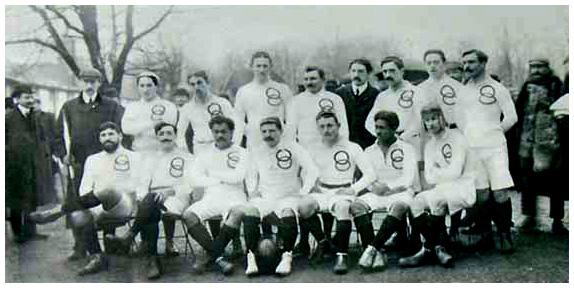 """l'U.S.F.S.A en 1906 lors du premier match officiel contre les """"Originals"""", l'équipe de Nouvelle Zélande. Cest_l10"""