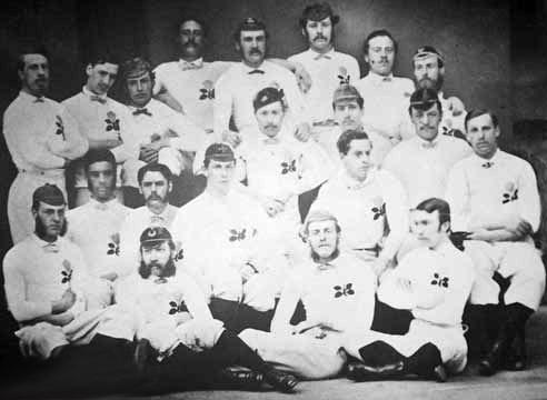 la sélection Anglaise lors du tout premier match international de rugby. Equipe11