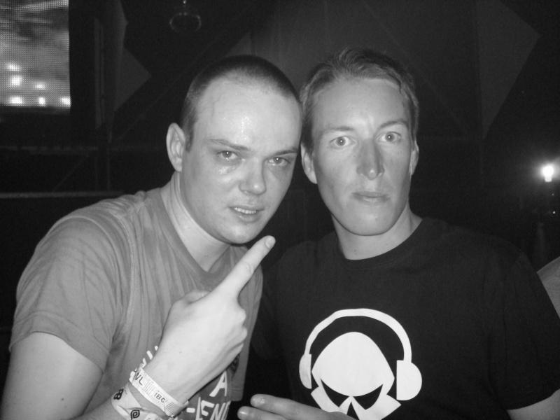 Vos photos avec des DJ's - Page 2 Dsc00310