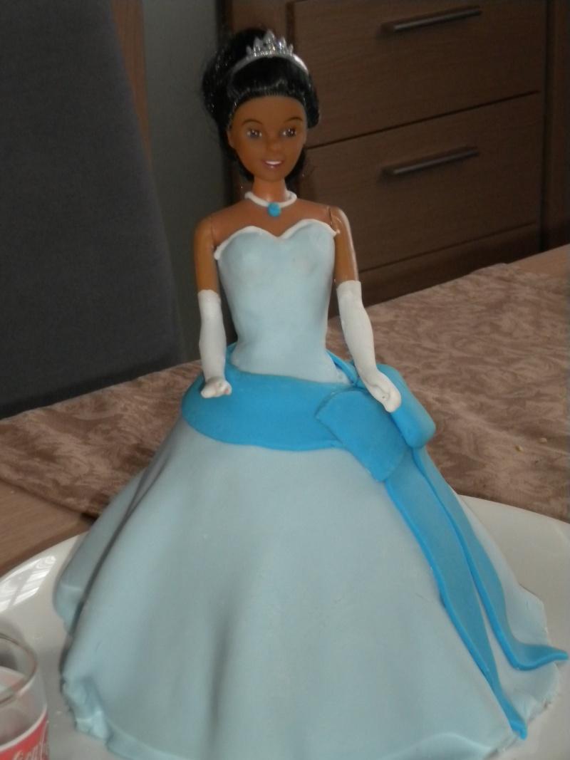La Princesse Tiana (la princesse et la grenouille - disney) - Page 2 Dscn1012
