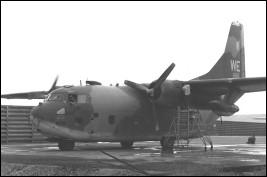 Avion abandonné par les USA (?), Ho Chi Minh Ville - Vietnam C123-110