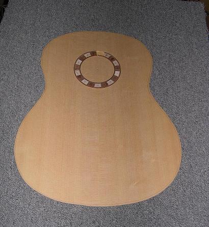 Fabrication d'un dessus de guitare classique 29_la_10