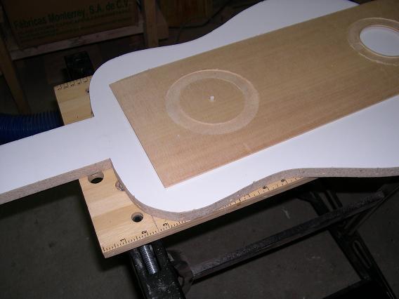 Fabrication d'un dessus de guitare classique Dscn6616