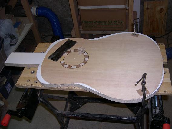 Fabrication d'un dessus de guitare classique Dscn6618