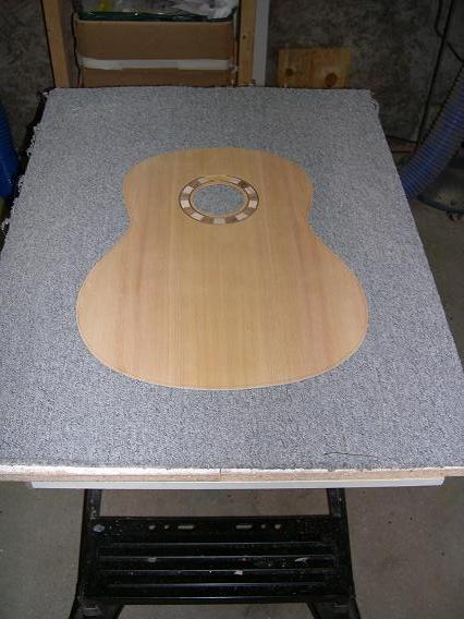 Fabrication d'un dessus de guitare classique Dscn6620