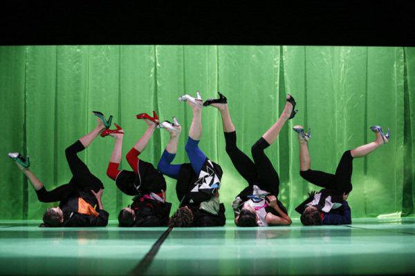 O Teatro Municipal de Almada apresenta no próximo dia 25 de Outubro (Sábado), pelas 21h30, na Sala Principal, Feminine, uma coreografia de Paulo Ribeiro Femine10