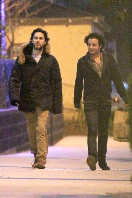 28 mars 2012 Jared et Jamie en balade @CA 213