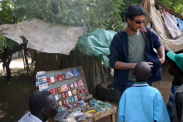 Récit d'un voyage en Afrique à bord d'une 2CV 2006 001_ma10