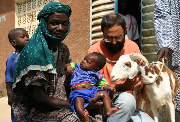 Récit d'un voyage en Afrique à bord d'une 2CV 2006 008_ch11