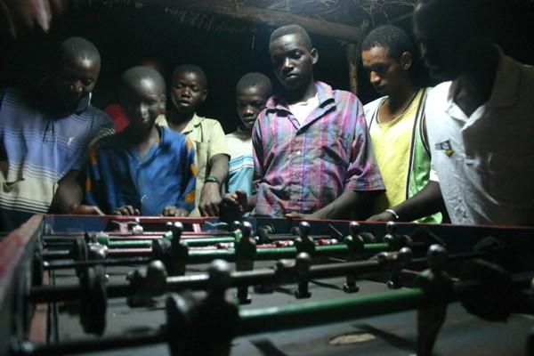 Récit d'un voyage en Afrique à bord d'une 2CV 2006 011_ma11