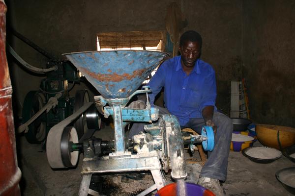 Récit d'un voyage en Afrique à bord d'une 2CV 2006 023_ma10