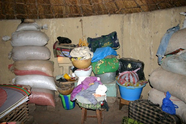 Récit d'un voyage en Afrique à bord d'une 2CV 2006 032_ma11