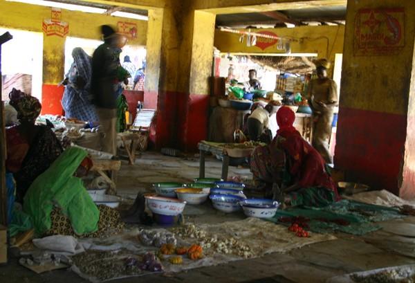 Récit d'un voyage en Afrique à bord d'une 2CV 2006 034_ma11