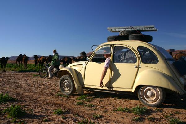 Récit d'un voyage en Afrique à bord d'une 2CV 2006 039_ma10