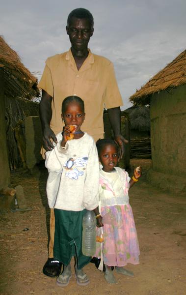 Récit d'un voyage en Afrique à bord d'une 2CV 2006 040_ma11