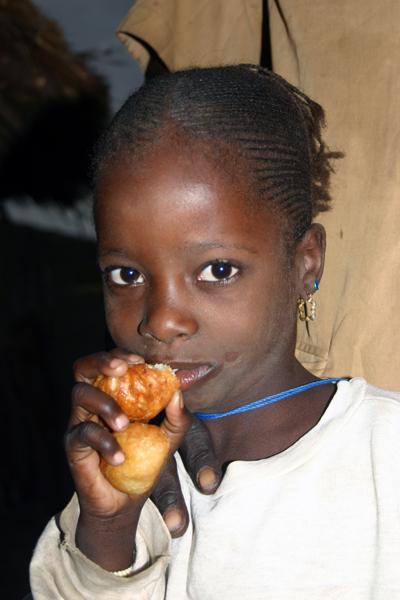 Récit d'un voyage en Afrique à bord d'une 2CV 2006 041_ma11