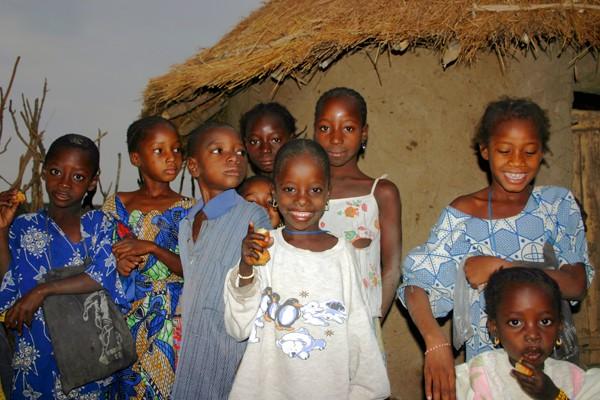 Récit d'un voyage en Afrique à bord d'une 2CV 2006 043_ma10