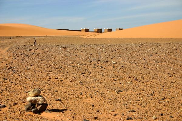 Récit d'un voyage en Afrique à bord d'une 2CV 2006 048_ma10