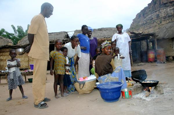 Récit d'un voyage en Afrique à bord d'une 2CV 2006 049_ma10