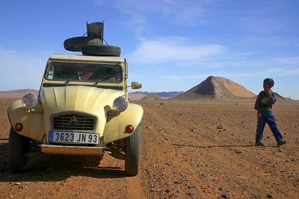 Récit d'un voyage en Afrique à bord d'une 2CV 2006 049c_m10