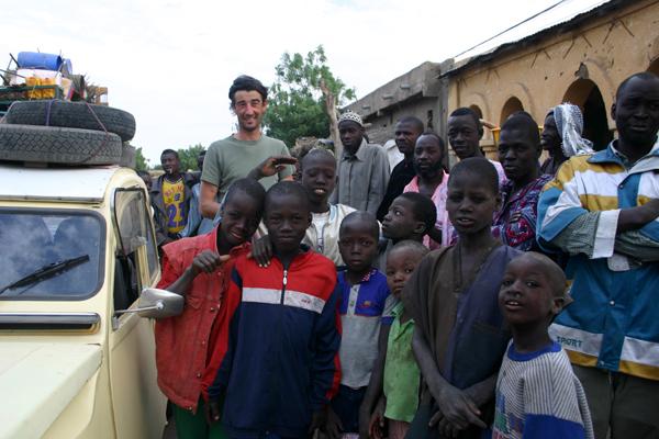 Récit d'un voyage en Afrique à bord d'une 2CV 2006 053_ma10