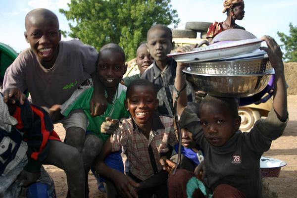 Récit d'un voyage en Afrique à bord d'une 2CV 2006 056_ma10