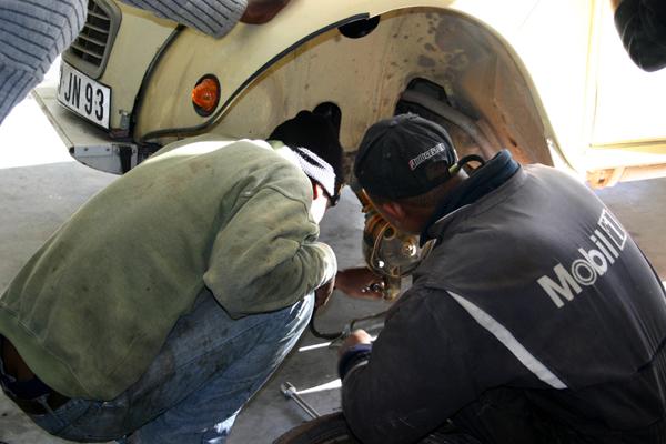 Récit d'un voyage en Afrique à bord d'une 2CV 2006 057_ma10