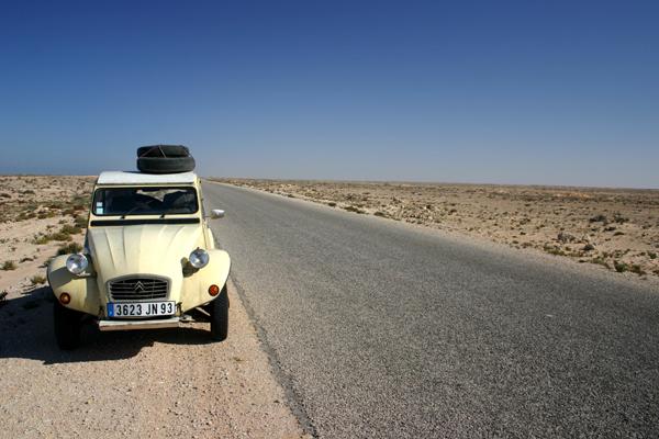 Récit d'un voyage en Afrique à bord d'une 2CV 2006 069_ma10