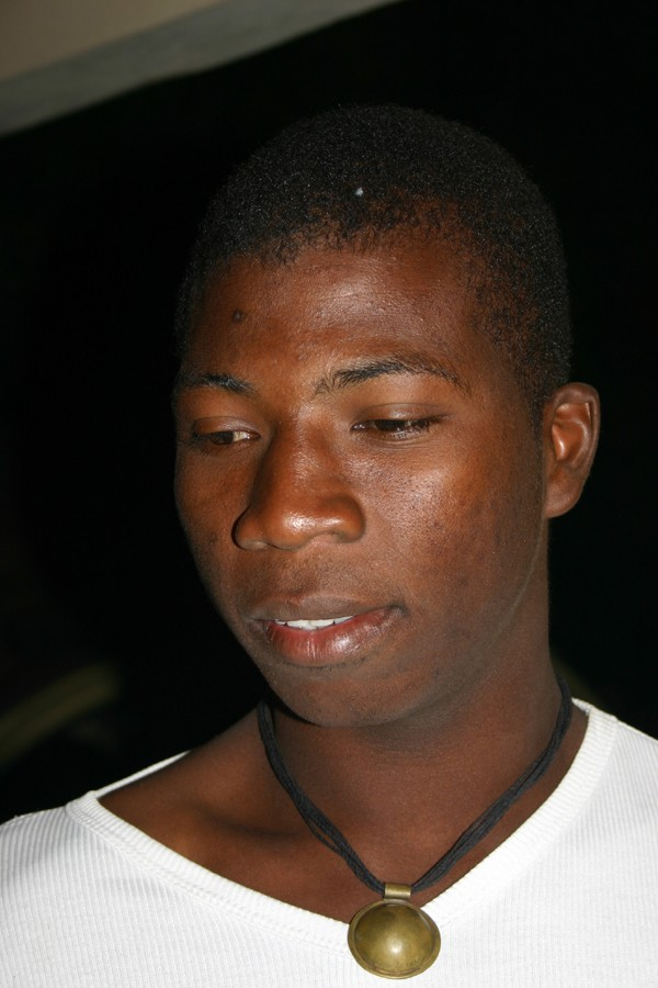 Récit d'un voyage en Afrique à bord d'une 2CV 2006 100_bu10