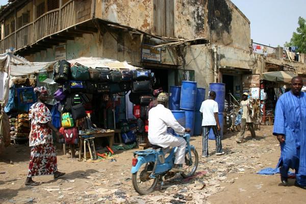 Récit d'un voyage en Afrique à bord d'une 2CV 2006 112_ma10