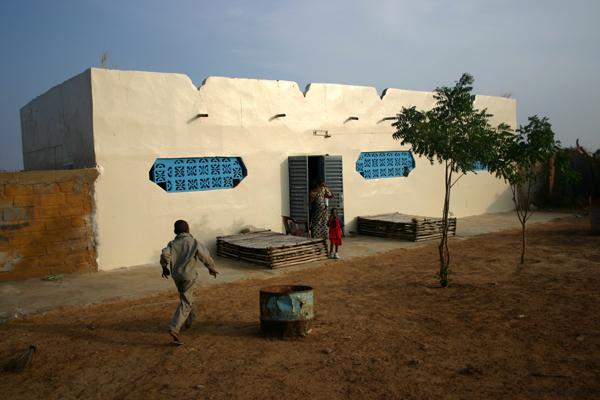 Récit d'un voyage en Afrique à bord d'une 2CV 2006 115_ch10