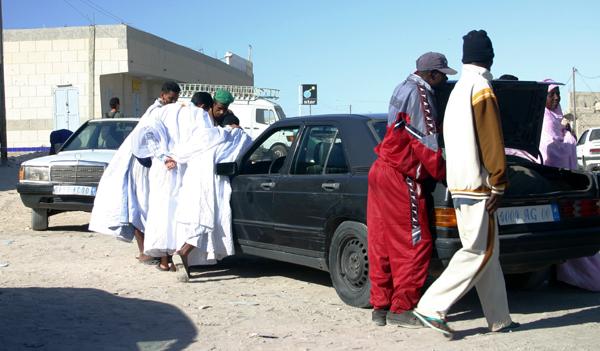 Récit d'un voyage en Afrique à bord d'une 2CV 2006 115_ma10