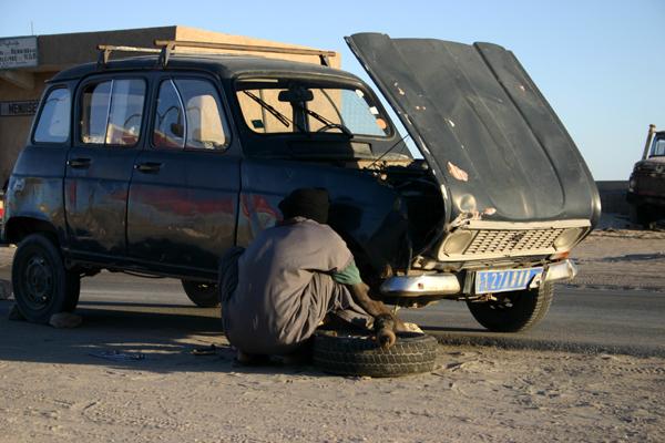 Récit d'un voyage en Afrique à bord d'une 2CV 2006 132_ma10