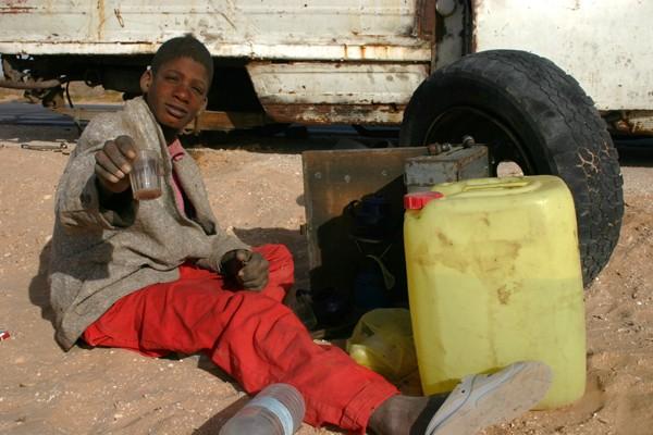 Récit d'un voyage en Afrique à bord d'une 2CV 2006 139_ma10