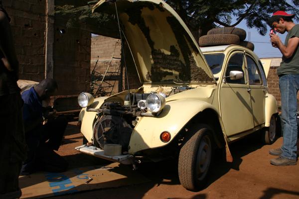 Récit d'un voyage en Afrique à bord d'une 2CV 2006 145_ma10