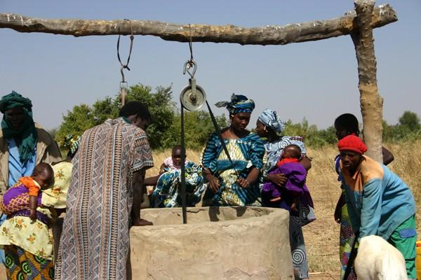 Récit d'un voyage en Afrique à bord d'une 2CV 2006 162_ch10