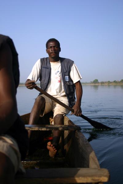 Récit d'un voyage en Afrique à bord d'une 2CV 2006 171_bu10